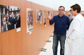 La exposición fotográfica «2015 en un click» recala en el Hospital de Parapléjicos