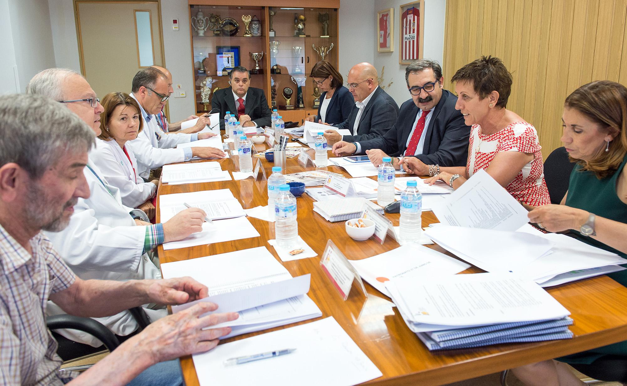 Reunión del Patronato de la Fundación del Hospital Nacional de Parapléjicos (Foto: Carlos Monroy)