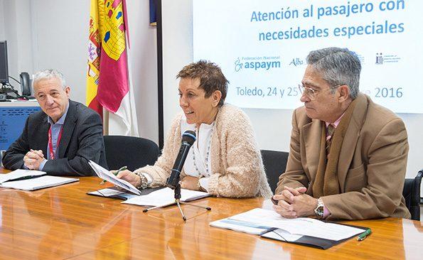 """Inauguración del curso """" Atención al pasajero con necesidades especiales"""" en el Hospital nacional de Parapléjicos. (Foto: Carlos Monroy//SESCAM)"""