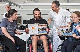 Pacientes de Parapléjicos participan en un proyecto de formación y comunicación gracias a la Fundación Vodafone España
