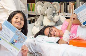Andrea Pozo y Lesly Janeth, ganadoras del II Concurso literario Linde en el HNP