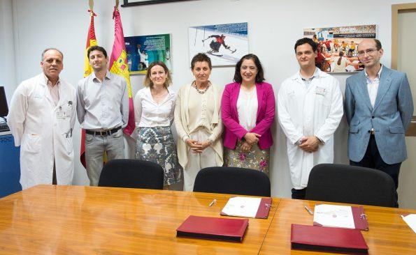 Firma convenio universidad