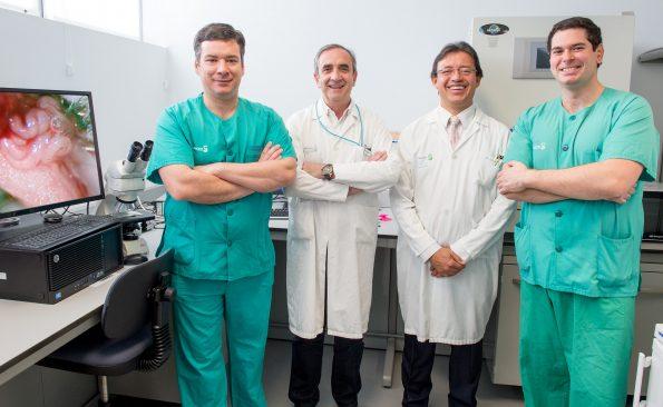 Andrés Barriga, Enrique Páramo, Jorge Collazos y Luis María Romero.Participantes en el primer proyecto del nuevo animalario del Hospital Nacional de Parapléjicos. (Foto: Carlos Monroy)