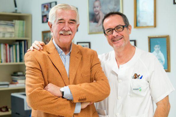 Los doctores Antonio Sánchez Ramos y Eduardo Vargas Baquero. Foto: Carlos Monroy // SESCAM