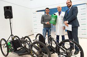 Ecovidrio entrega dos bicicletas 'Handbike' a la Fundación del Hospital Nacional de Parapléjicos