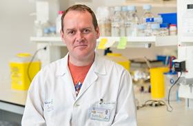 El investigador de Parapléjicos, Diego Clemente, dirige la tercera edición del encuentro sobre avances y desafíos en esclerosis múltiple de la Universidad Menéndez Pelayo