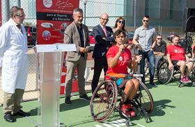 Más de trescientos pacientes de Parapléjicos se beneficiaron de la Escuela de Tenis en silla de ruedas Fundación Emilio Sánchez Vicario