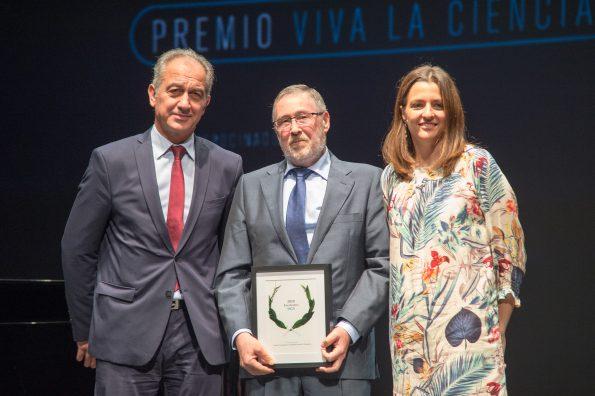 """Encastillalamancha.es nos concede el premio """"Viva la ciencia"""""""