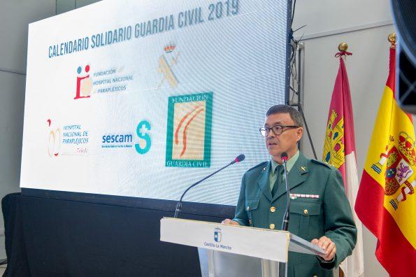 Presentación calendario solidario de la Guardia Civil