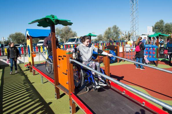Inauguración parque infantil en el Hospital Nacional de Parapléjicos. (Foto: Carlos Monroy // SESCAM)