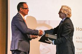 La Unidad de Sexualidad y Reproducción Asistida, premiada por un trabajo sobre espermatogénesis en el lesionado medular