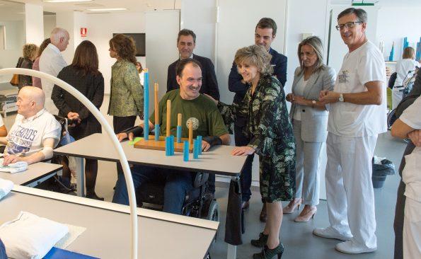 Visita de la Ministra de Sanidad al Hospital Nacional de Parapléjicos. Foto: Carlos Monroy
