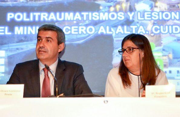 El presidente de la Diputación, Álvaro Gutiérrez, y la directora gerente del Servicio de Salud de Castilla-La Mancha (Sescam), Regina Leal.
