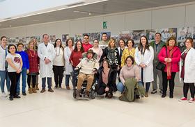 Miembros del tejido asociativo de la Esclerosis Múltiple visitan la Unidad de Investigación del Hospital Nacional de Parapléjicos