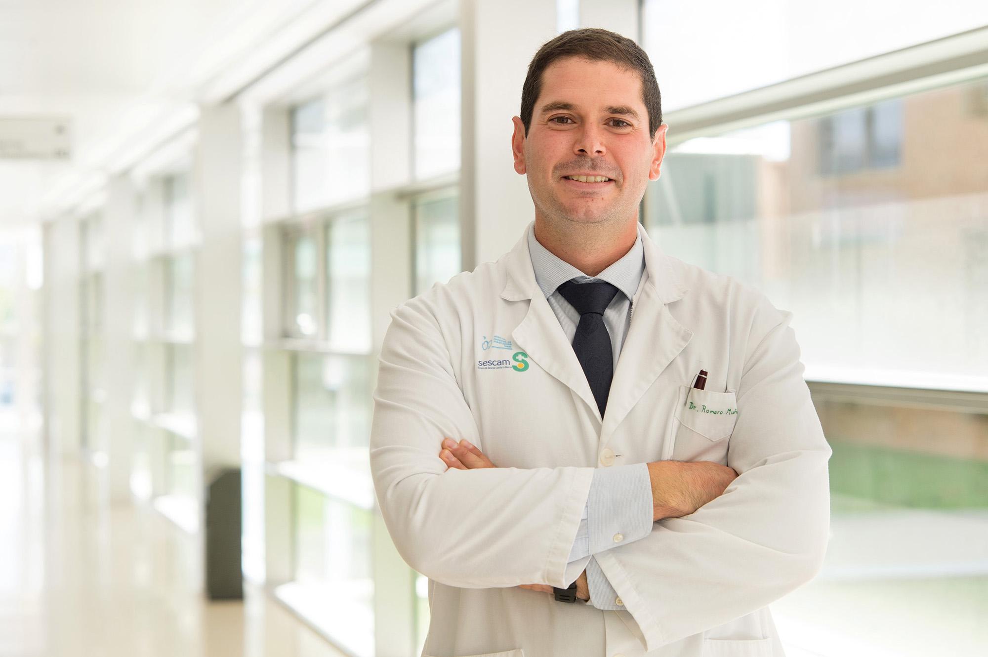 Dr. Luís Romero Muñóz, traumatólogo del Hospital Nacional de Parapléjicos (Foto: Carlos Monroy // SESCAM)
