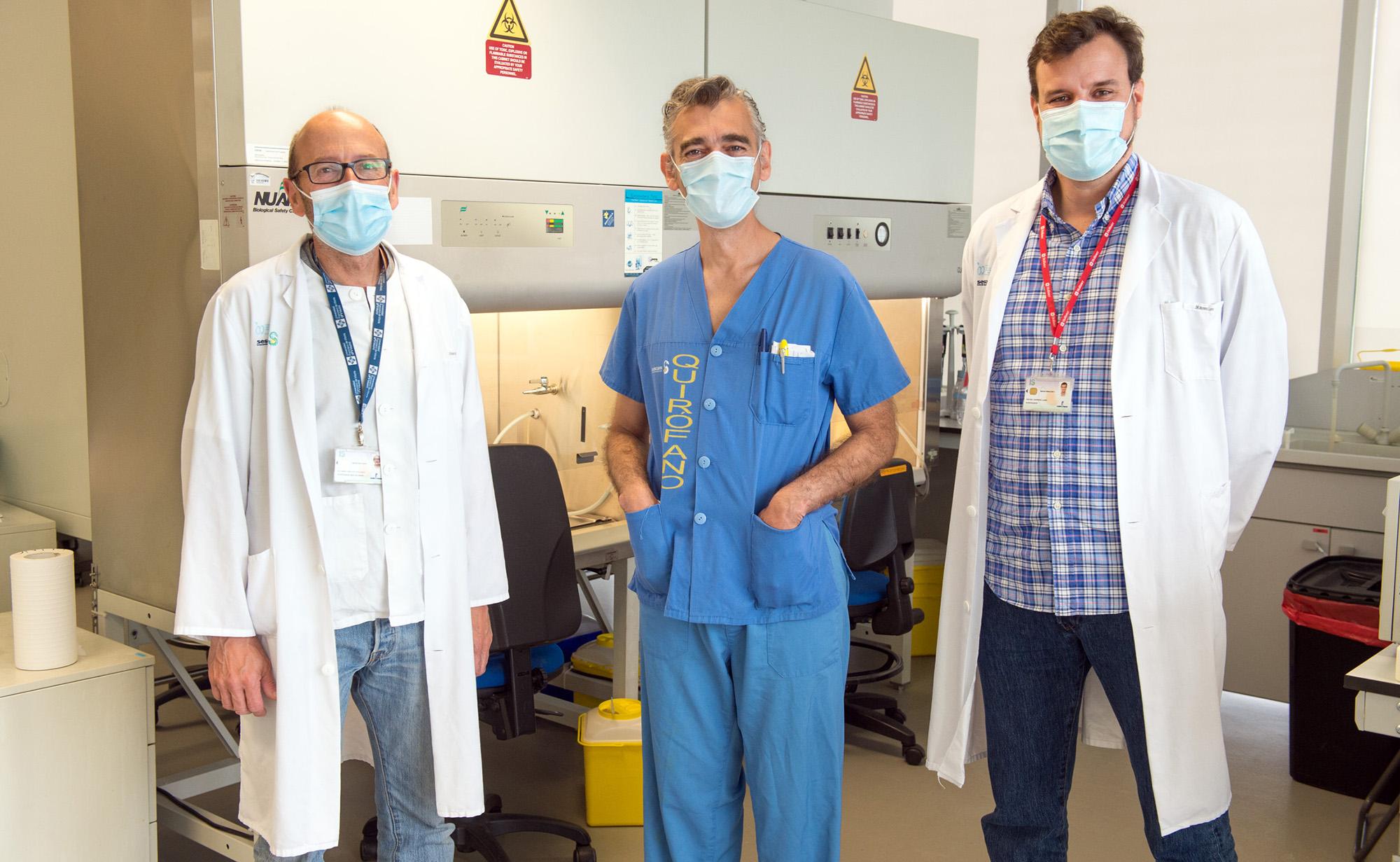 Los doctores Eduardo Molina, Fco Javier Espino y Rafael Moreno Luna