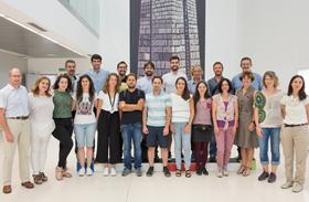 El proyecto de nanotecnología para reconectar neuronas en el que participa el HNP supera la revisión de la Comisión Europea