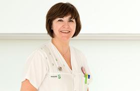 La enfermera del Hospital de Parapléjicos Mª Jesús Bocos, finalista en los premios nacionales 'Enfermería en Desarrollo 2021'
